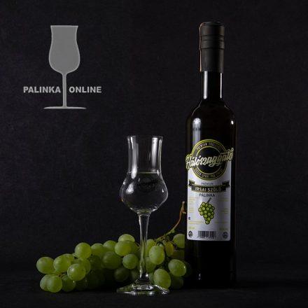 Irsai Olivér szőlőpálinka   Hálószaggató pálinkacsalád